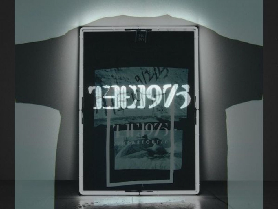 THE 1975 Tshirt