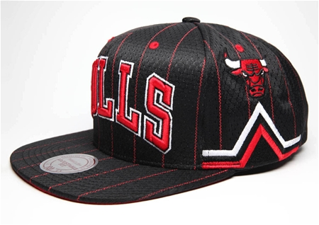 CHICAGO BULLS CHAMPIONS SNAP BACKがFRAGILEに入荷しました!