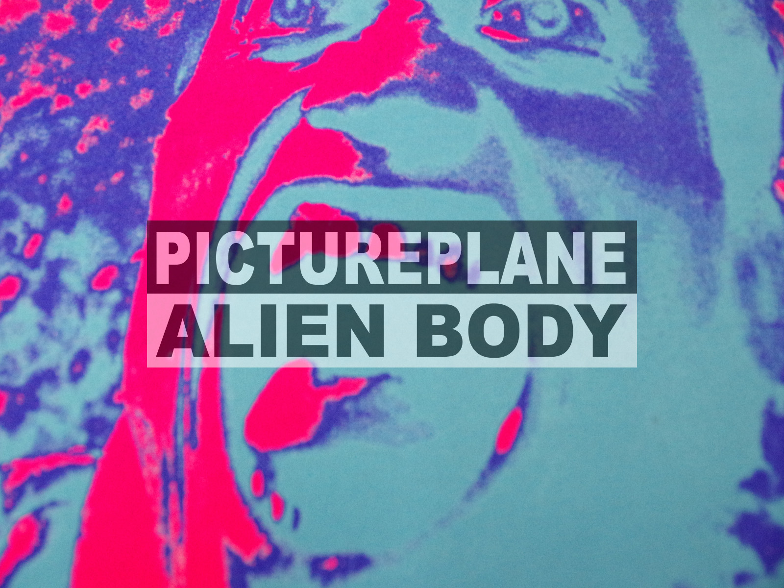 NEW ARRIVAL / ALIEN BODY