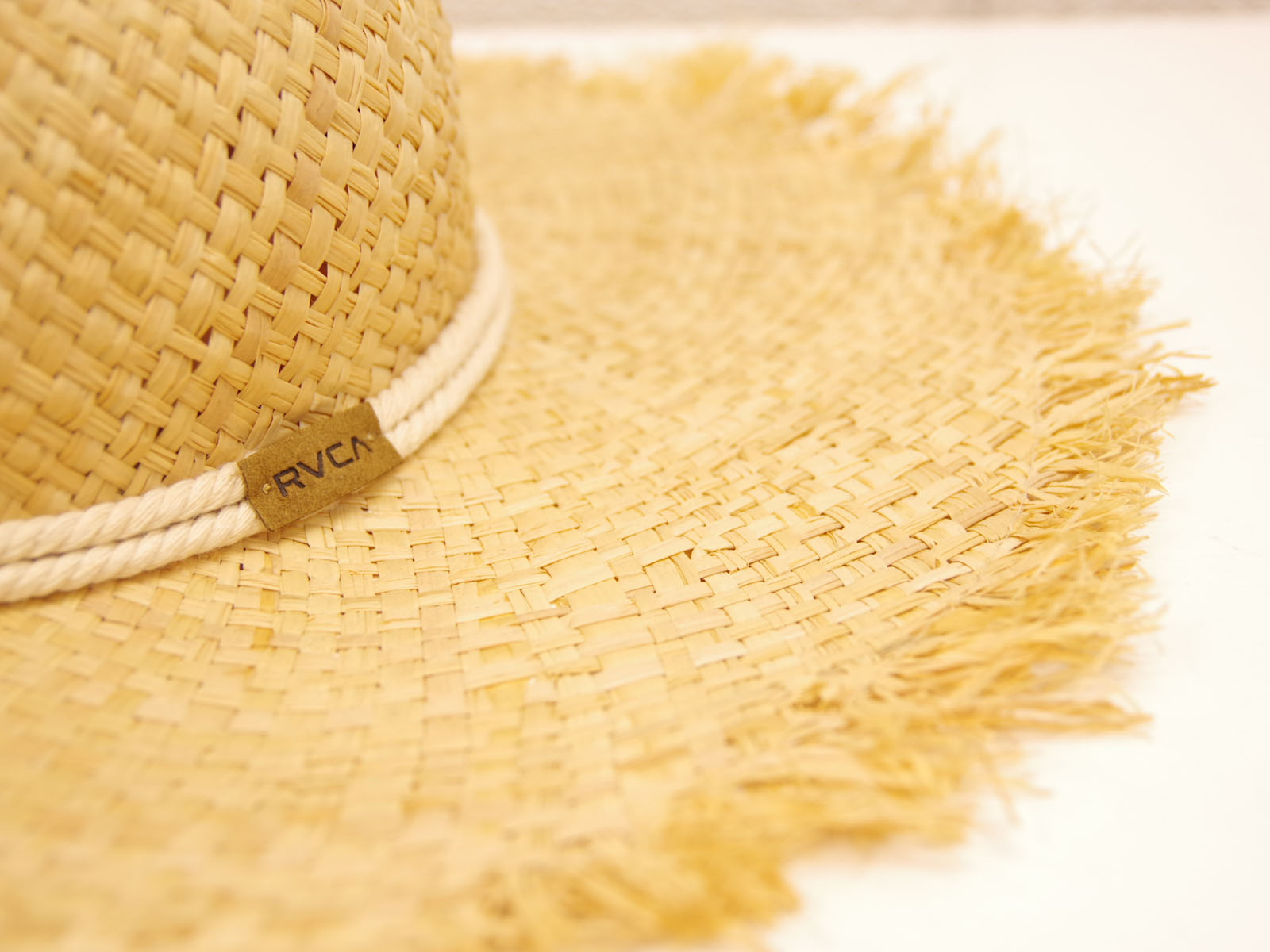 クローズアップ: RVCA – STRAW MAKUA HAT SUMMER 2017