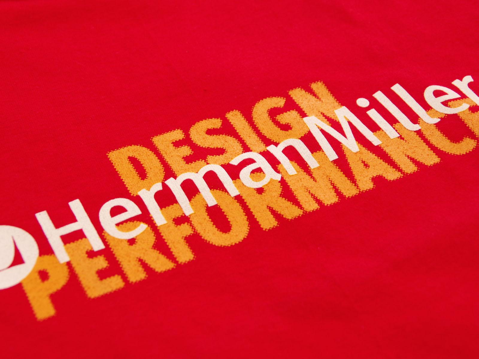 クローズアップ: HERMAN MILLER T-SHIRTS