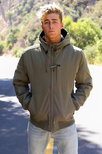 HOODED BOMBER