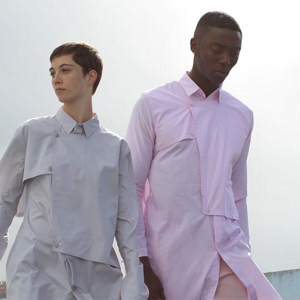 """フューチャーテーラリングを謳う MONOCHROME による新作""""トレンチシャツ""""から当店別注カラーが登場"""