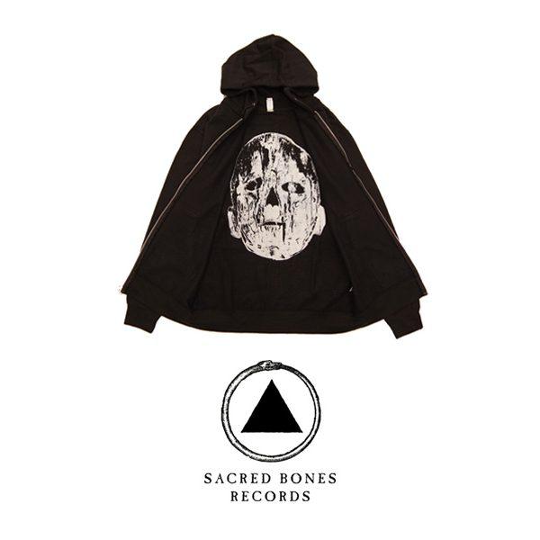 JESSE DRAXLER がデザインを手掛けた SACRED BONES RECORDS のフーディーを9月28日(土)より販売開始