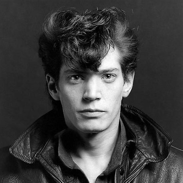 ROBERT MAPPLETHORPE LIMITED ITEM