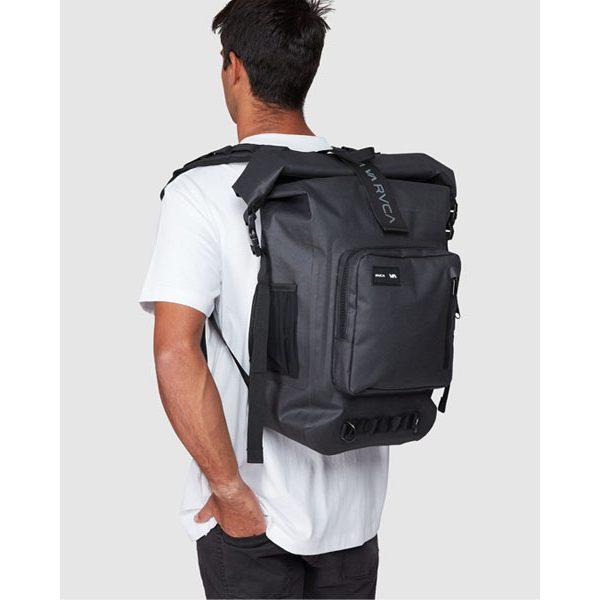 RVCA より新デザインとなるバックパックが入荷